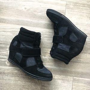 Bucco Capensis | Nicoleed Wedge Sneaker